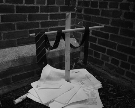 the grave of a bureaucrat
