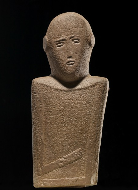 Roads of Arabia; anthropomorphic stele