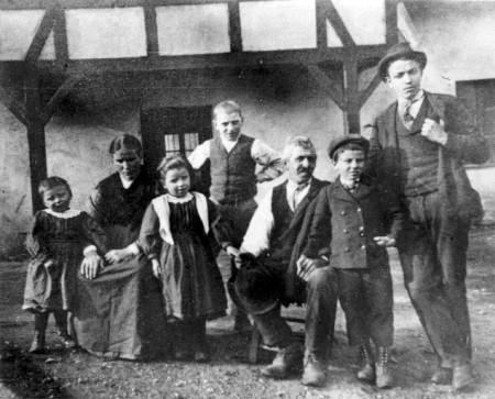 Galbiati family in Italy in 1900